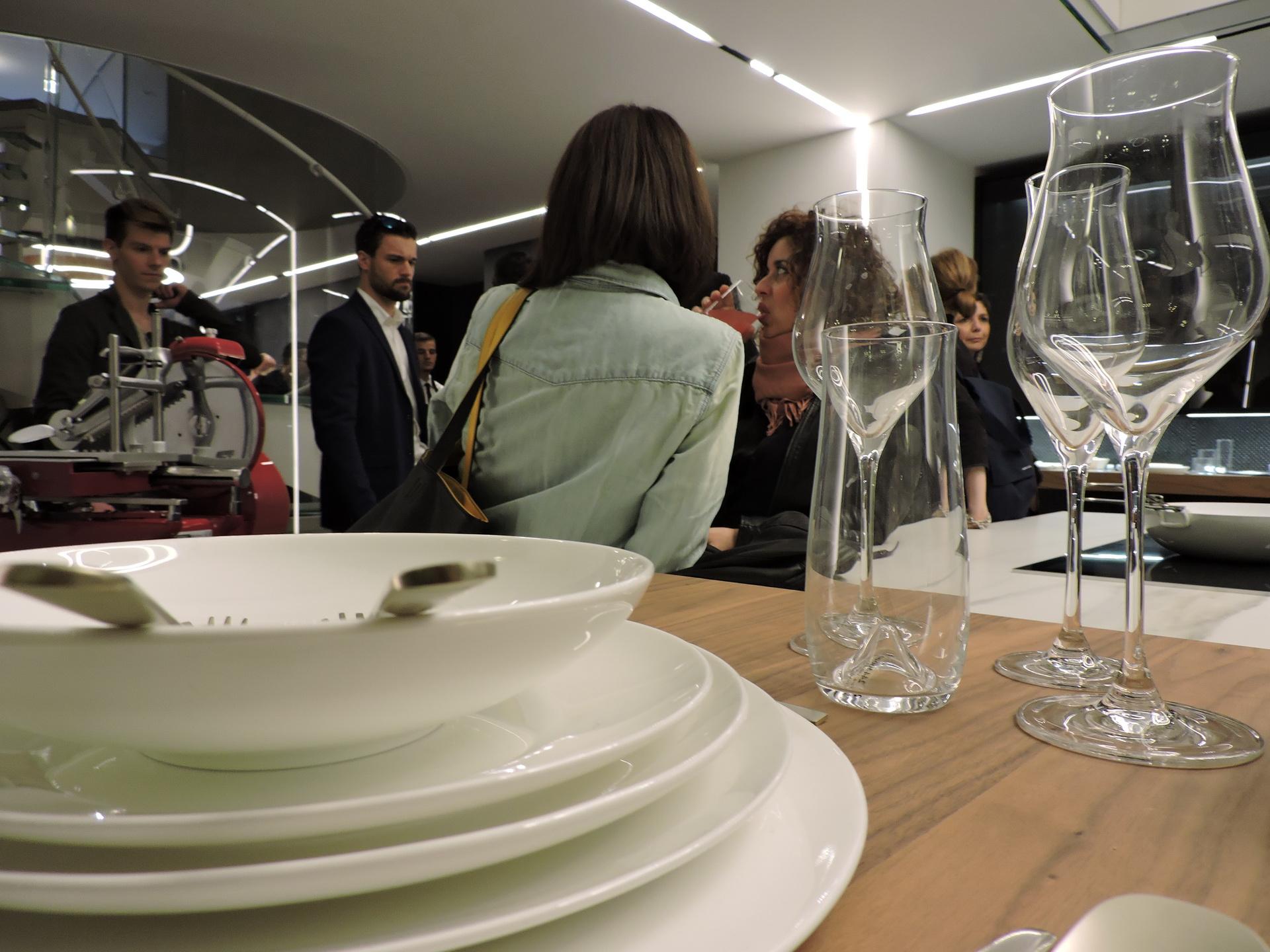 Fuorisalone 2017 - Desing Week 2017 - Binova Milano - cocktail con Davide Oldani e Schonhuber Franchi 023